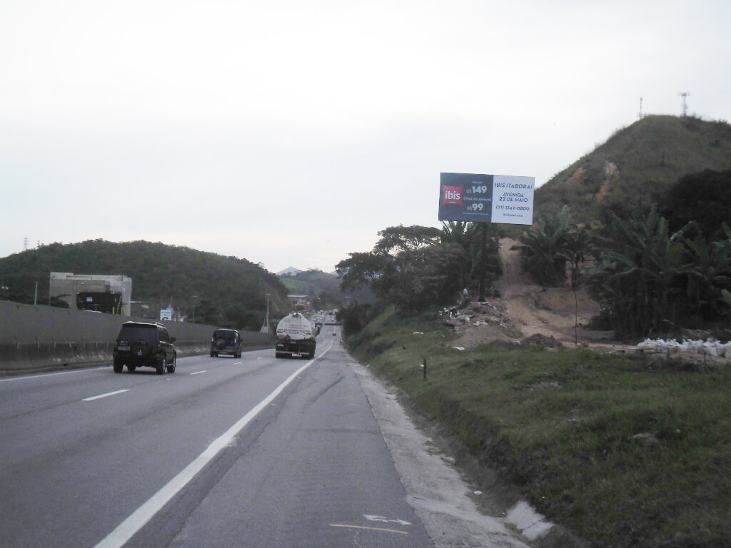 BR-101-2ª-ENTRADA-DE-RIO-BONITO-SENTIDO-ITABORAÍ