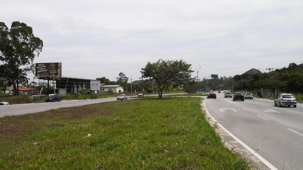 RJ-106-APÓS-PARQUE-PARADISE-SENTIDO-NITERÓI-1024x576